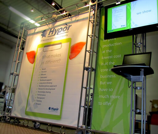Hypor Hendrix Genetics tradeshow display with Media Screen and lights